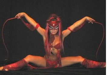 Adult burlesque performance