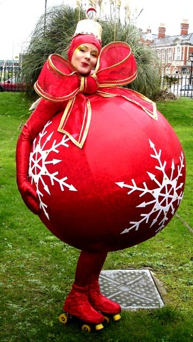 A walkabout Christmas comedy bauble