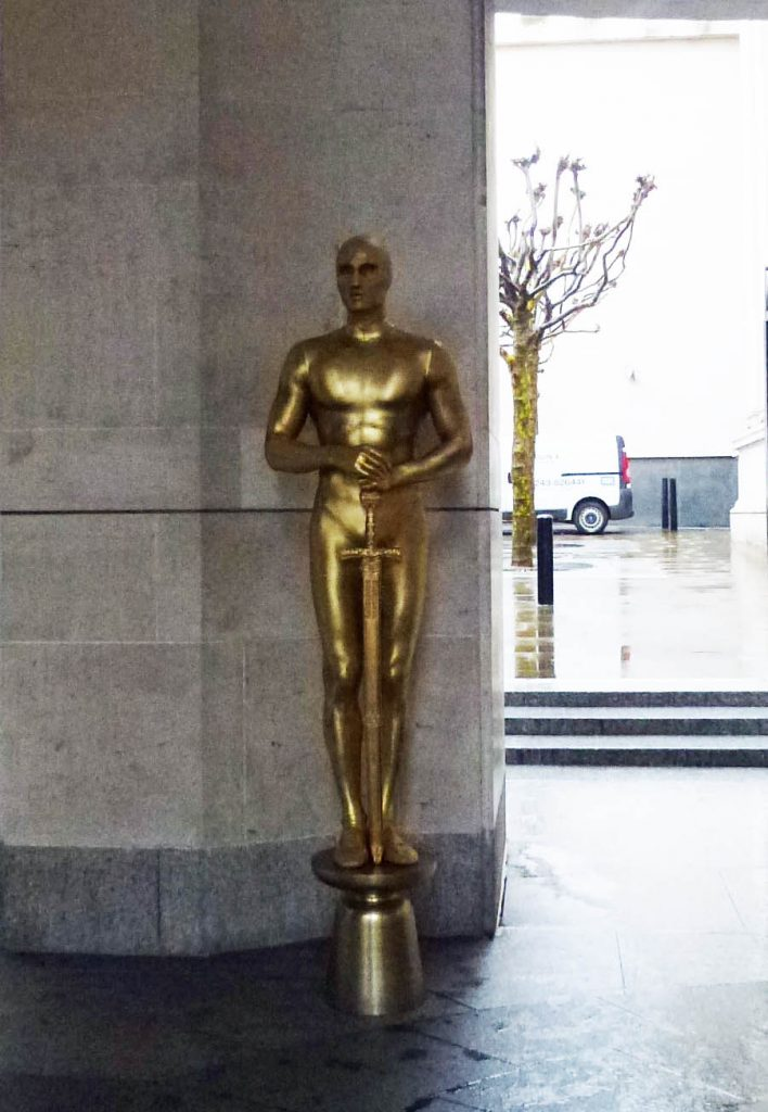 Hollywood golden globe statues