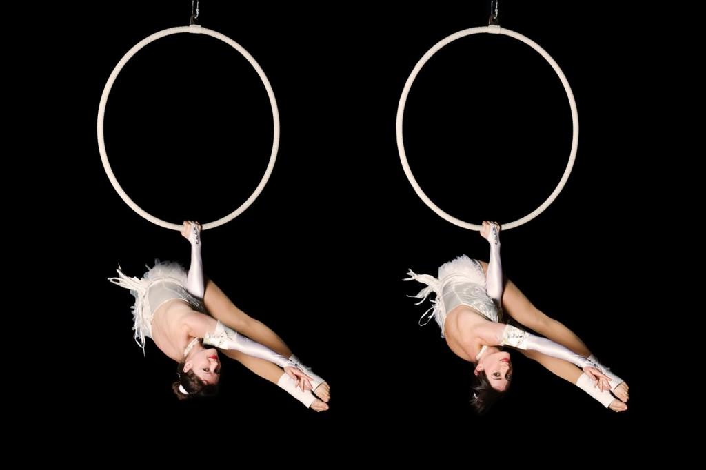 Aerial hoop acts