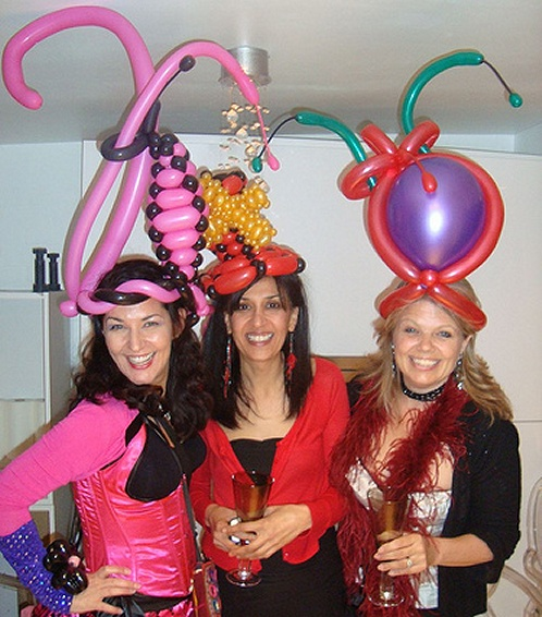 Balloon modelling in Costume