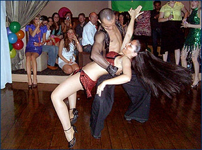 Salsa dance act