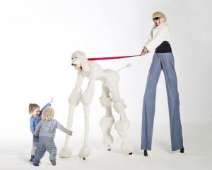 4 and 2 legged stilt walkers london based