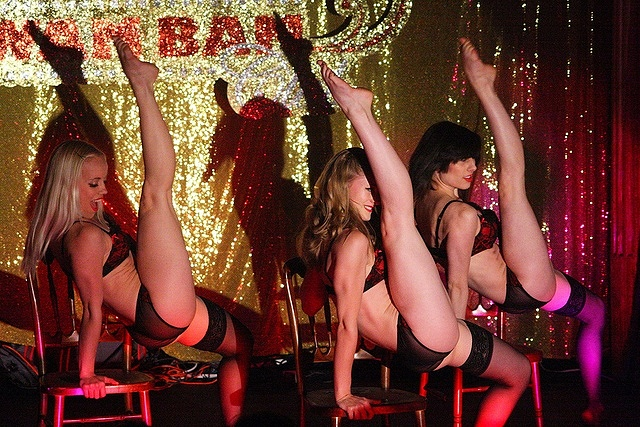 Rouge Burlesque Dancers