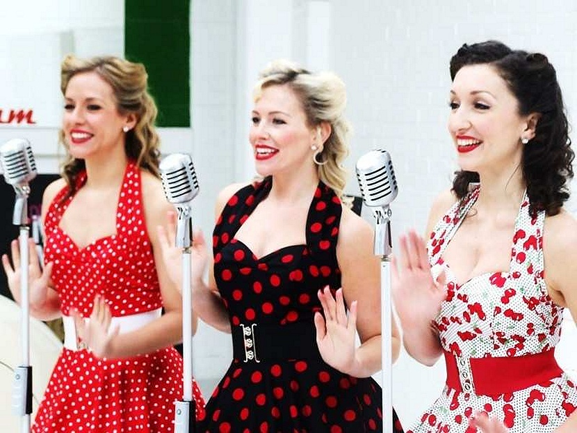 Fifties singers for hire