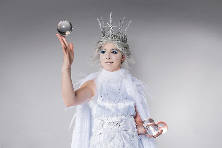 Ice Queen Contact juggling